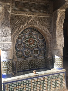 In the medina there are a lot of fountains. Some are restored and some are stilled used by the community for water